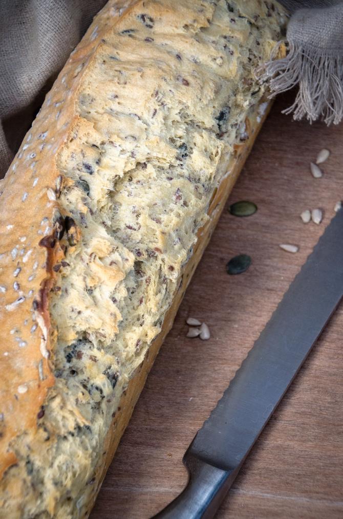 Dinkel-Körner-Brot mit Hefe ohne Gehenlassen